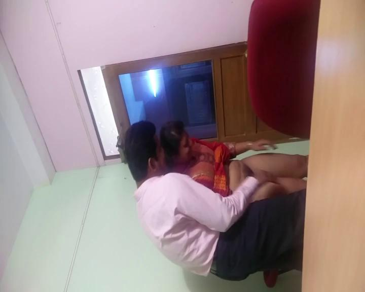 Big ass employee new srilanka sex for a promotion with dirty boss